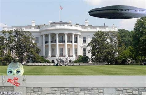 white house pictures alien ship hovers by the white house pictures