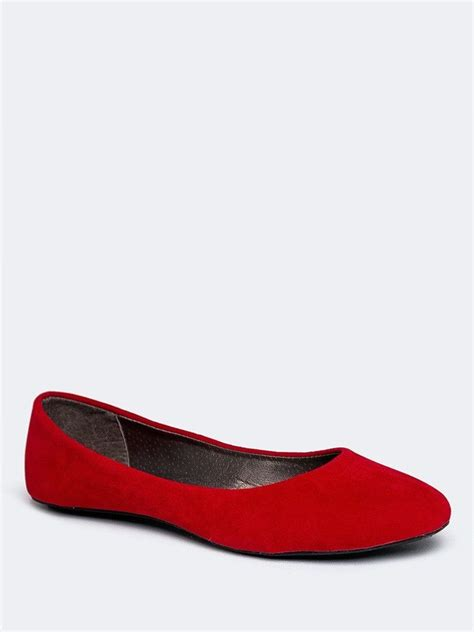 simple red flats  give   pop  color ballet
