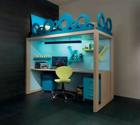 letto con scrivania sotto letti a con scrivania sotto