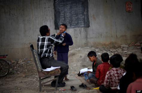 children in indian school photos this educates india s poorest children in a Poor