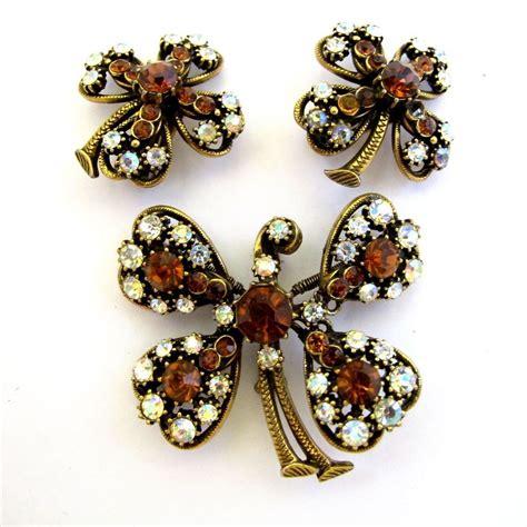 Florenza Set florenza flower trembler pin and earring set vintage