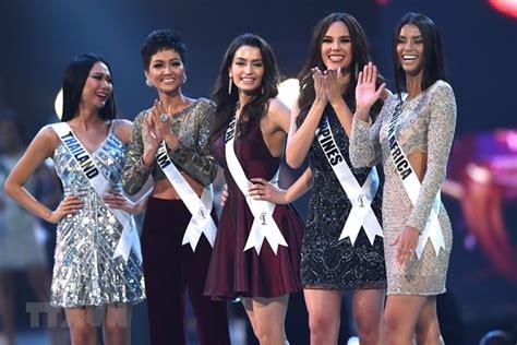vietnamese contestant   universe  top