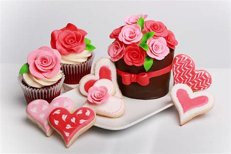valentines day cupcake valentines day cupcakes wedding cake cake ideas by