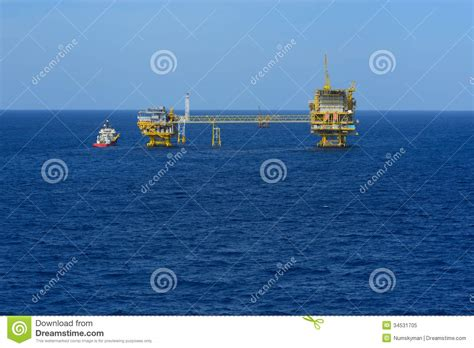 offshore drilling boats the offshore oil rig and supply boat royalty free stock