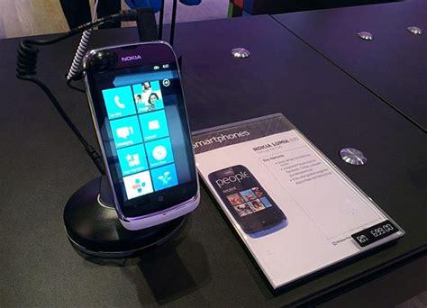 Hp Nokia Lumia 610 nokia lumia 610 now available at rm699 soyacincau