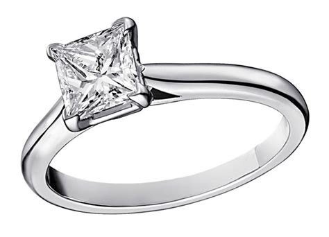 cartier solitaire 1895 engagement ring set in