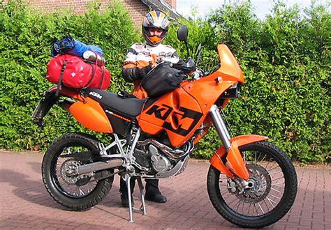 Motorrad Sitzbank Aufpolstern Essen by Endurowandern Mit Zelt Und Schlafsack In Skandinavien