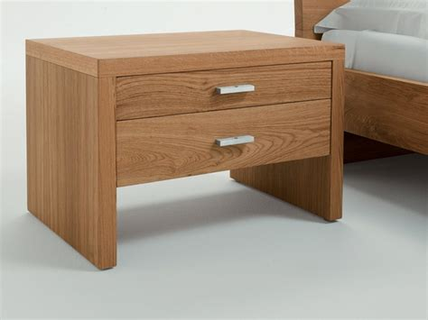 Wooden Bedroom Table Ls 1000 Ideas About Wooden Bedside Table On