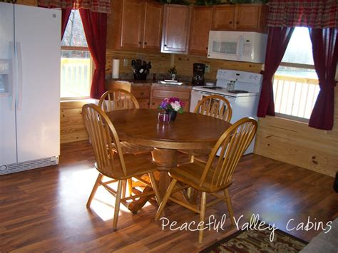 one bedroom cabins the island one bedroom cabin peaceful valley lake and