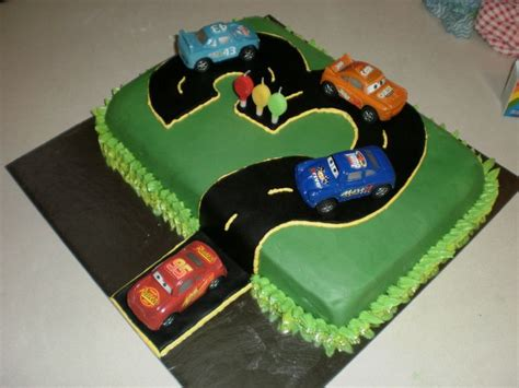 1000 ideas about racing car cakes on car