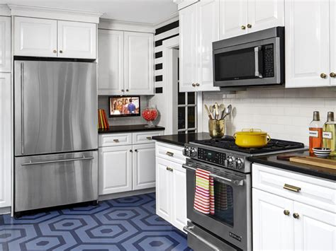 laminate kitchen cabinets pictures options tips ideas hgtv paint colors for kitchens pictures ideas tips from