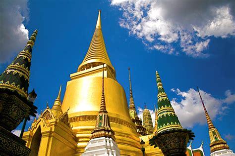 agoda travel agoda survey reveals bangkok best spot to celebrate new