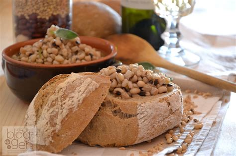 ricette di cucina medievale zuppa di fagioli dell occhio e farro dicocco