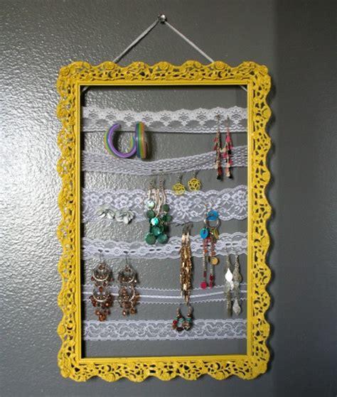 porte bijoux mural simple et pratique le porte boucle d oreille maison obsigen