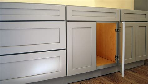 Builders Surplus Kitchen Cabinets by Harbor Gray Kitchen Cabinets Builders Surplus