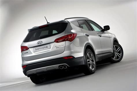 2013 Hyundai Suv by Hyundai Reveals European 2013 Santa Fe Suv In Announcing