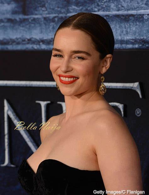 actress game of thrones khaleesi game of throne s khaleesi emilia clarke is open to being