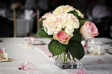 small floral centerpieces 33 extravagant floral arrangements for your dining table