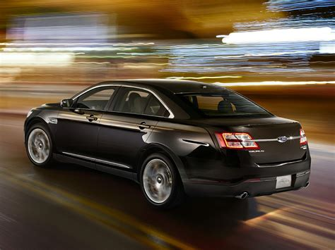 2015 ford taurus price photos reviews features