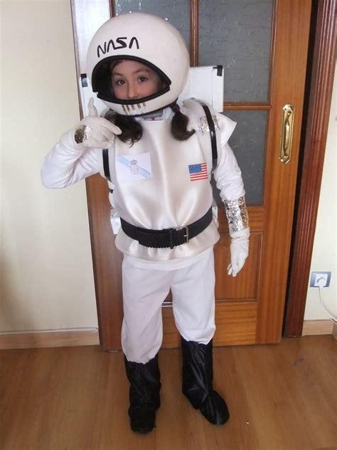 astronauta de material reciclado traje de astronauta casero imagui