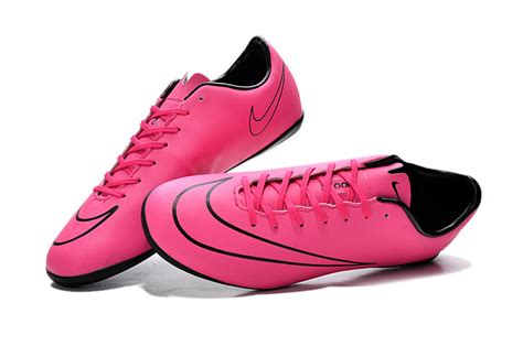 nike football shoes cheap cheap nike football shoes in 185775 for 38 40 on