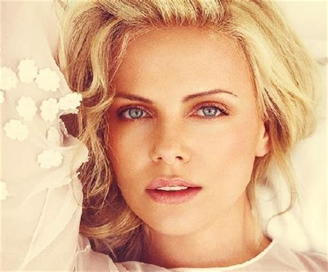 most famous celebrity in usa top ten lady celebrities of usa most popular beauties in