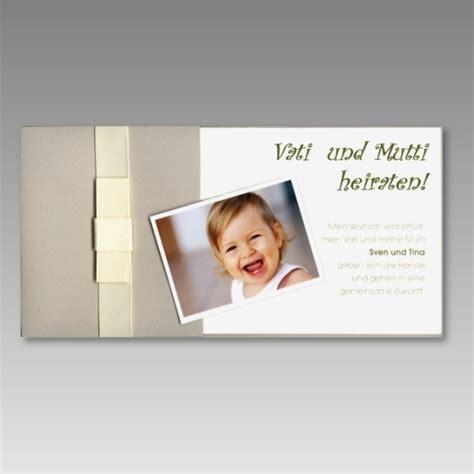 Hochzeitseinladung Foto by Einladungskarte Zur Hochzeit Mit Foto Ihres Kindes