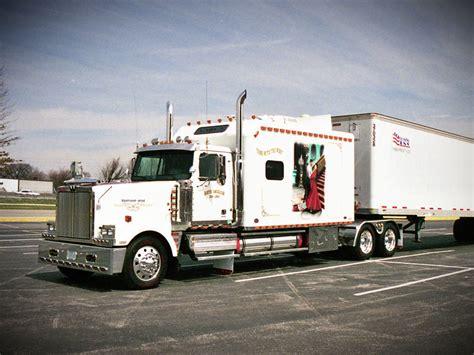 Indiana Custom Sleepers by Truck 11