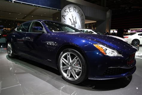 maserati s class updated 2017 maserati quattroporte classes up paris show