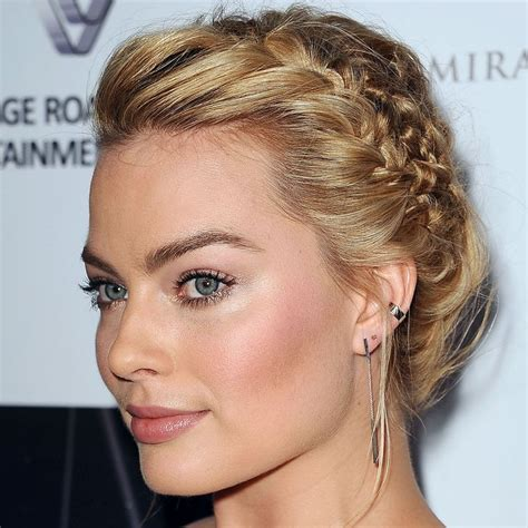 robbie montgomery hair style 17 best margot robbie images on pinterest beautiful