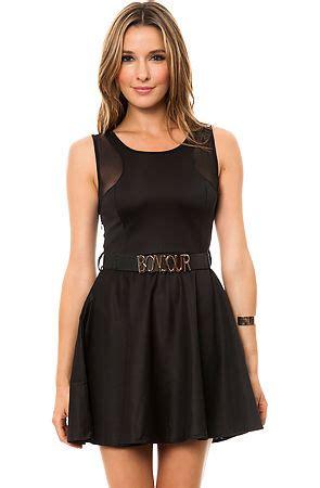 dress bonjour belt in black karmaloop
