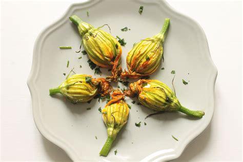 fiori di zucca con ricotta al forno fiori di zucca al forno con ricotta healthy barta