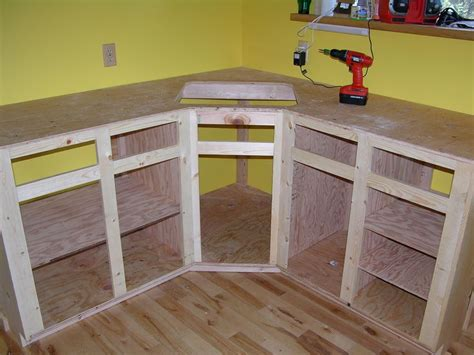 Diy Build Kitchen Cabinets by How To Build Kitchen Cabinet Frame Kitchen Reno