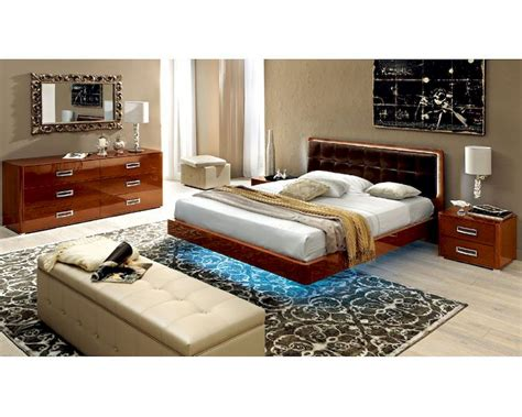 high bedroom set high gloss bedroom set with leather accents 33b141