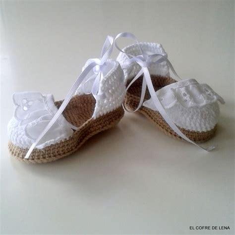 decorar zapatos bebe las 25 mejores ideas sobre zapatos tejidos para bebe en