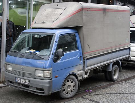 file mazda e2200 truck facelift jpg