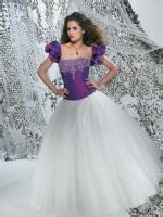 Brautkleider Weiß Lila by Brautkleid Ballkleid Adora In Lila Wei 223 Modekarusell