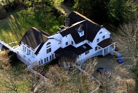 clinton house bill clinton and hillary buy 1 16million property next