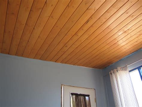 Knotty Pine Ceiling Boards by Knotty Pine Ceiling Urbanrancher S