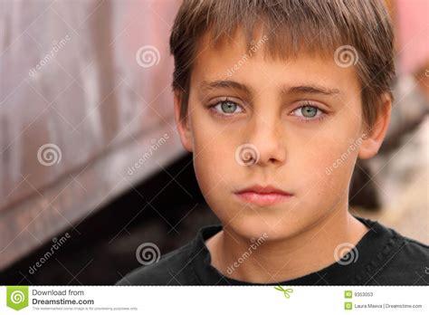 image gallery ojos bonitos con caras muchacho con los ojos hermosos imagen de archivo imagen