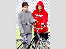Justin Bieber and Selena Gomez Officially Back After His ... Justin Bieber And Selena Gomez Back Together 2017