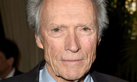 clint eastwood back in oscars race with directors guild