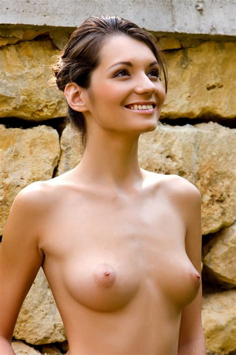 naked girl from the country side   2 18 naked neighbour