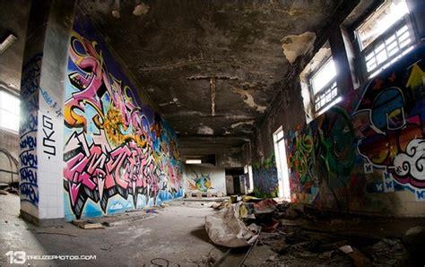 wallpaper urban graffiti urban graffiti wallpaper