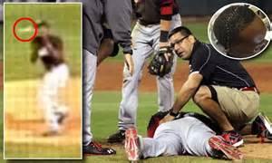 Men S Flight Line major league baseball star aroldis chapman shows off