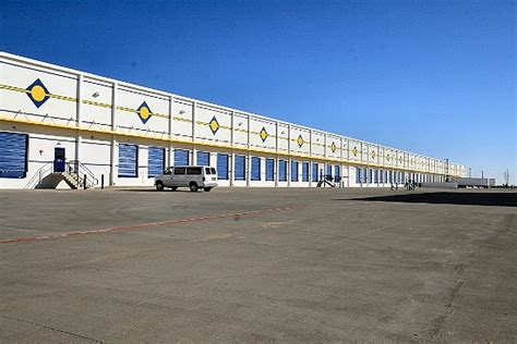 rooms to go distribution center showroom brookshire