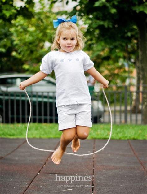 imagenes niños saltando la cuerda ni 241 os saltando la cuerda imagui