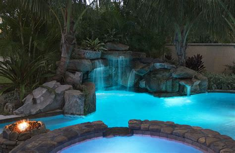 lagoon pool  spa grotto waterfall  fire pit