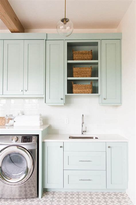 Store Room Cupboards 1000 Ideas About Laundry Room Cabis On Laundry