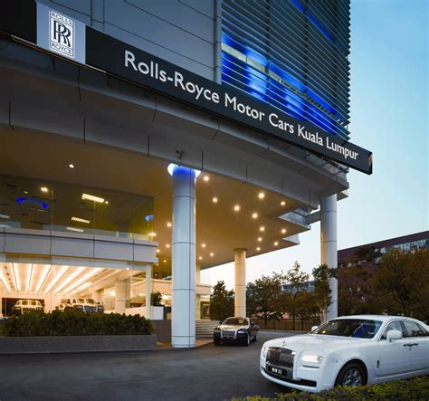 roll royce malaysia rolls royce opens its first showroom in malaysia